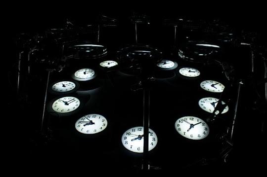 Looking Glass Time, by Yoichi Ochiai (Source: Siggraph)